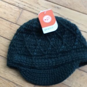 NWT. Adorable, women's hat!